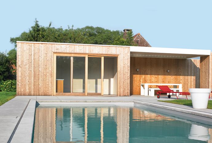 une toiture terrasse aluminium à lames orientables Algarve Roof de Renson