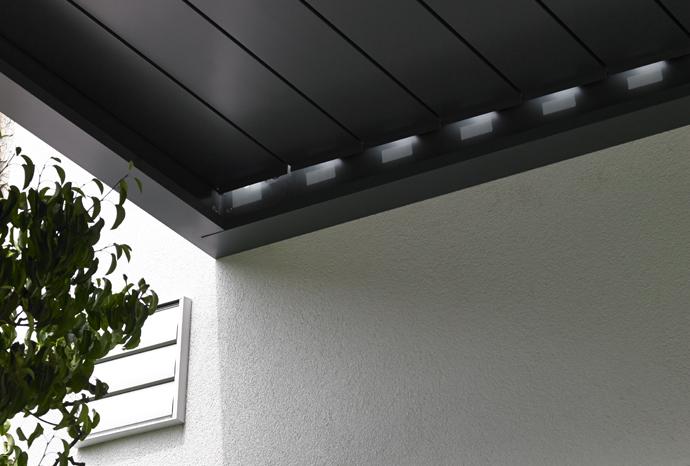 lames fermées d'une toiture bioclimatique