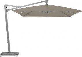Le design XXL de l'AMBIENTE, doté d'une envergure allant jusqu'à 5 mètres, offre intimité et confort à l'ombre. L'AMBIENTE est un parasol à bras libre d'une catégorie particulière et convainc grâce à ses dimensions et sa structure stable.